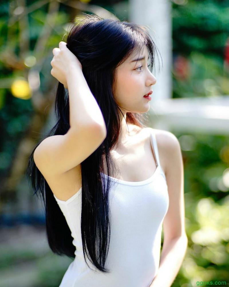【GG扑克】泰国街拍正妹气质迷人 甜美美眉泰正点