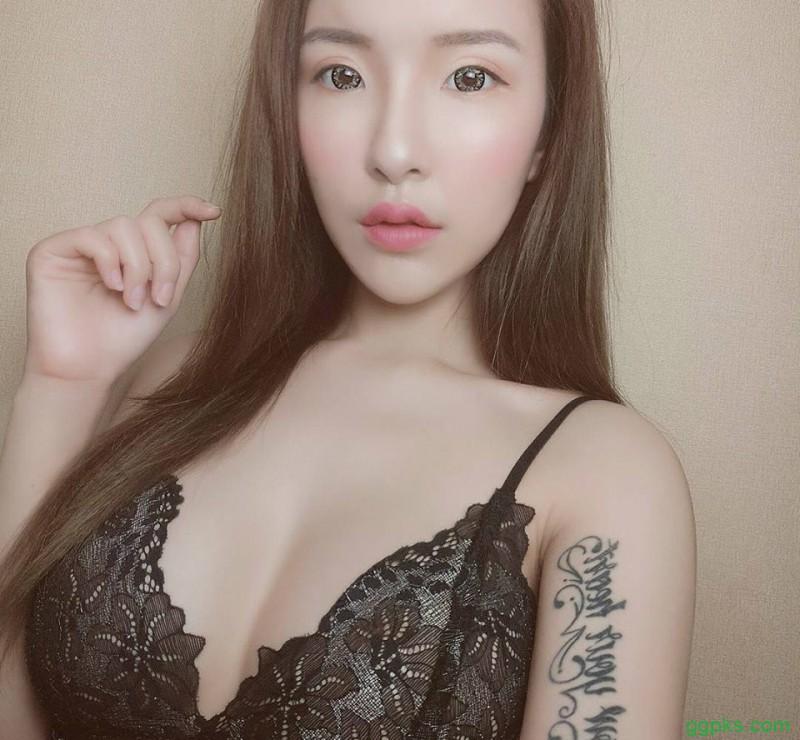 【GG扑克】韩国巨乳美女Nancy韩智恩 甜心温泉派对揉奶令人欲罢不能