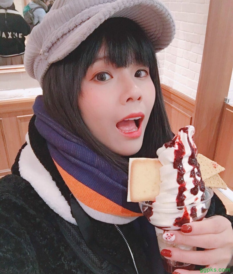 【GG扑克】透明系美女Kameko Lee 小露酥胸女人味十足