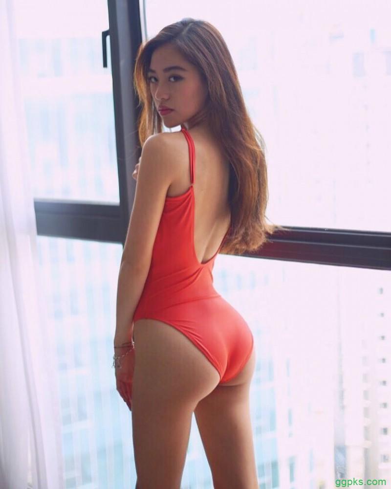 【GG扑克】翘臀美女Celine 蚂蚁腰性感逼死人