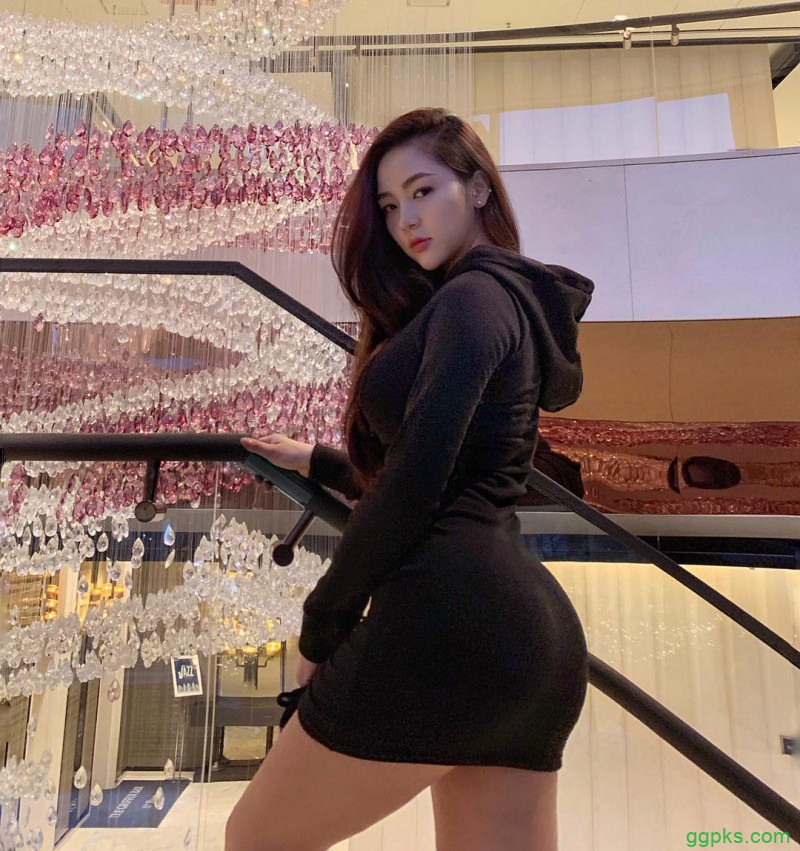 【GG扑克】韩国健身美女Grace kim 前凸后翘身材性感到不科学