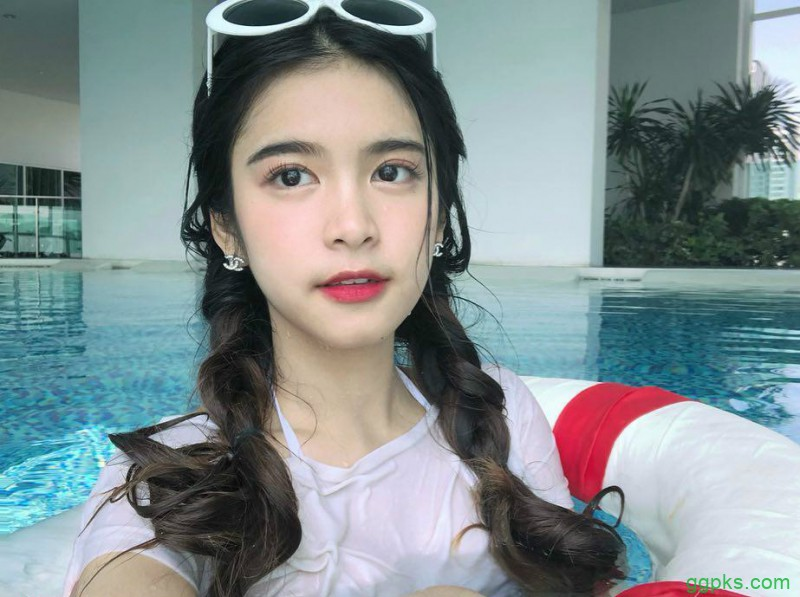 【GG扑克】泰国美女大学生清新甜美 泼水节湿身照闪瞎众男人