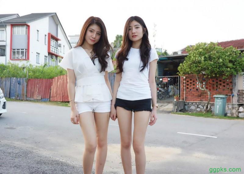 【GG扑克】性感双胞胎美女 姐妹花眼神带电拍照姿势撩人