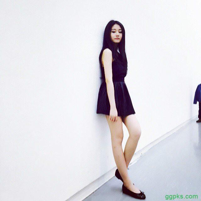 【GG扑克】高颜值性感辣妹 比基尼美女令人清凉一夏