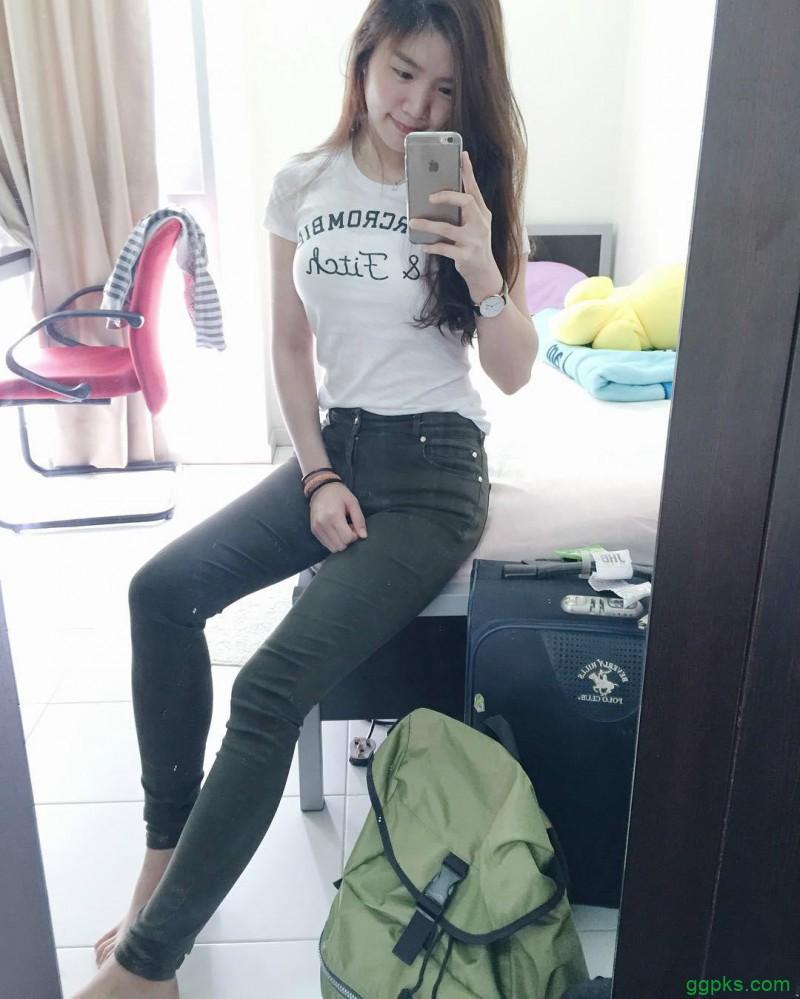 【GG扑克】美女药剂师Ly Huy 清新甜美笑容治愈人心