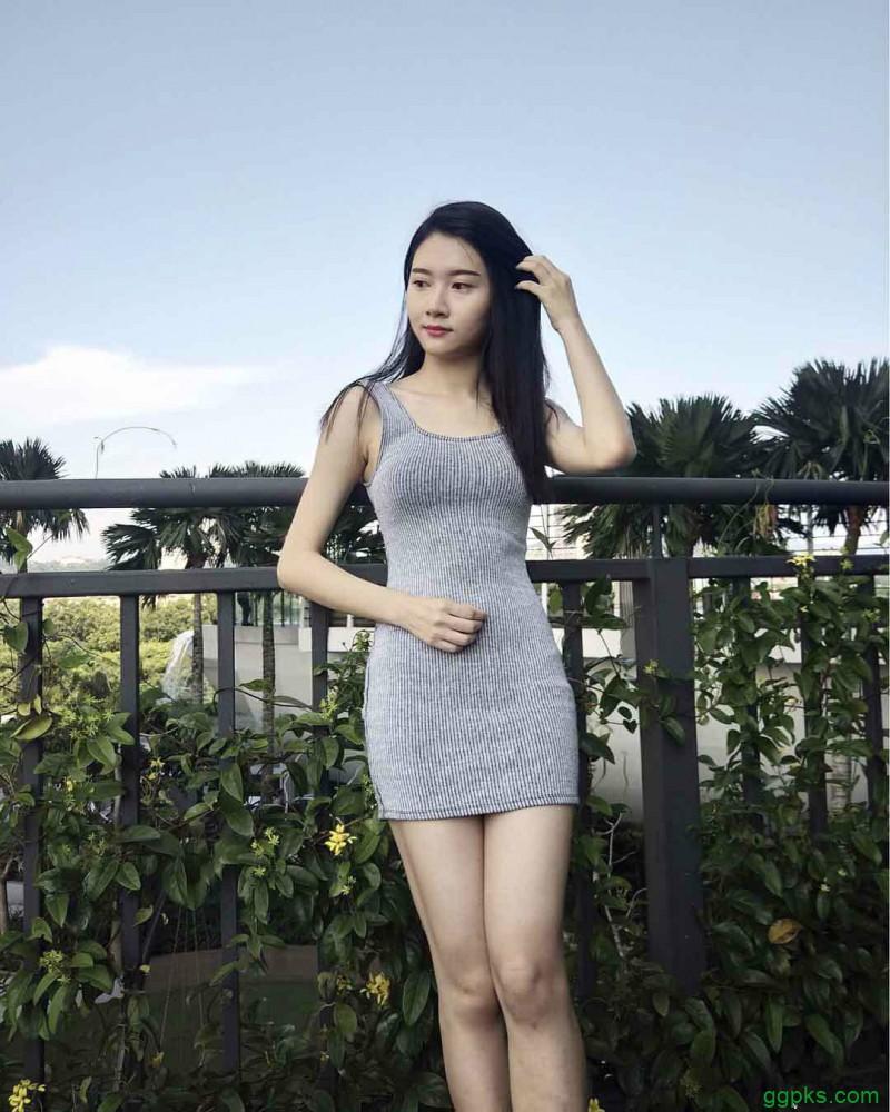 【GG扑克】大马气质正妹Evelyn Lim 比基尼展现完美身材比例