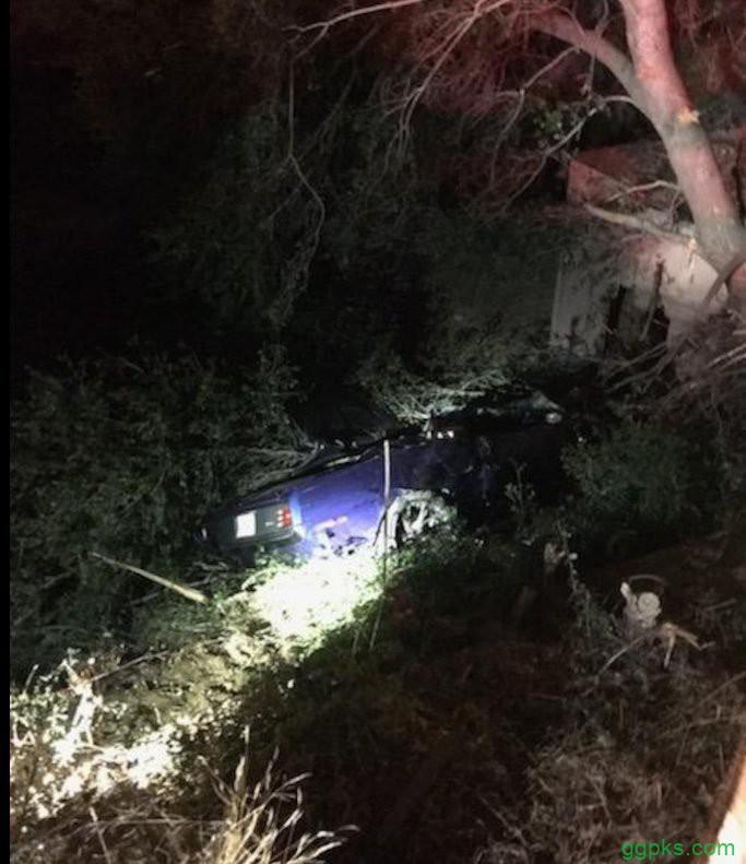 【GG扑克】Kevin Hart遭遇车祸,背部受伤严重