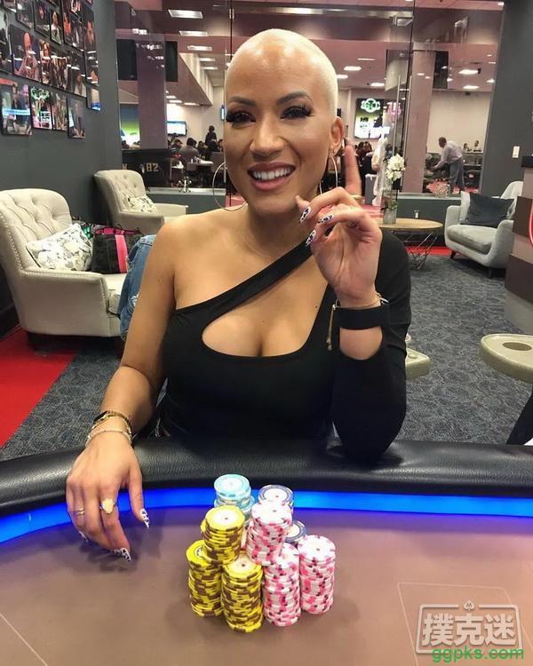 【GG扑克】全明星阵容网络慈善赛:Ebony Kenney折冠