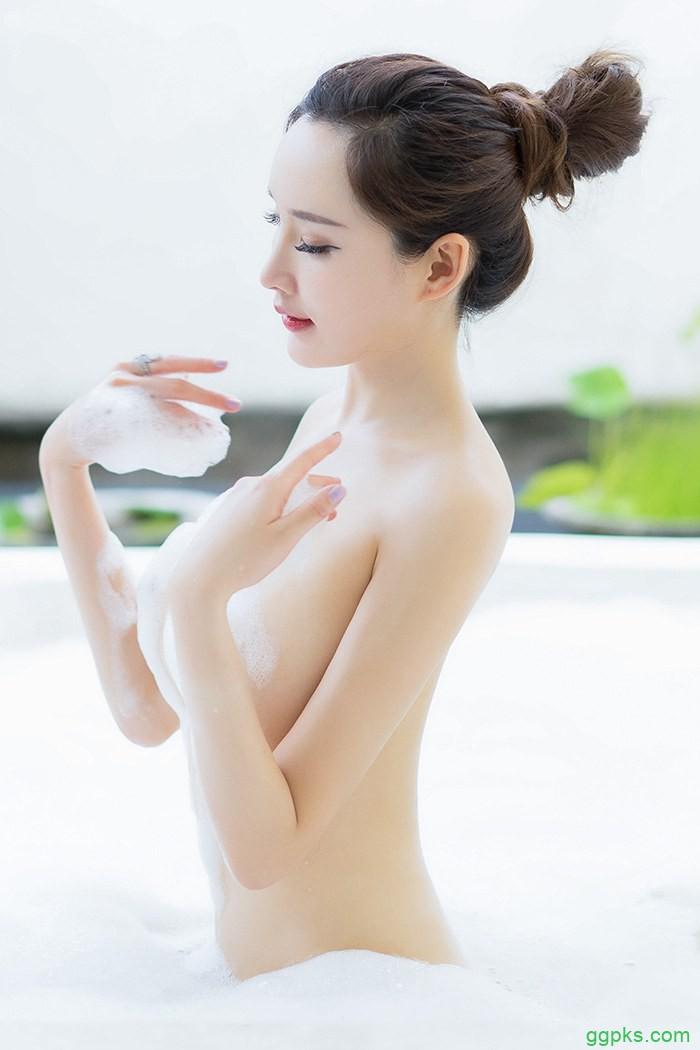 【GG扑克】男主是变态顾念_晚上喝水