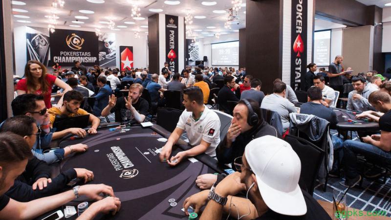 """【GG扑克】如何""""扮演""""牌型并从中获利"""
