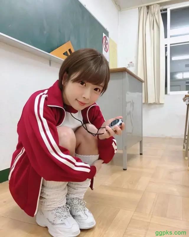 【GG扑克】STAR-754 纱仓真菜(紗倉まな)制服毕业!谈谈小弟对业界超巨的担忧
