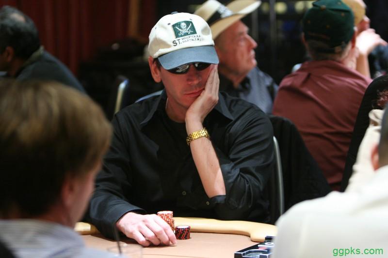 【GG扑克】两度WPT冠军Alan Goehring再回线下牌场,成功打入WSOP主赛第五轮