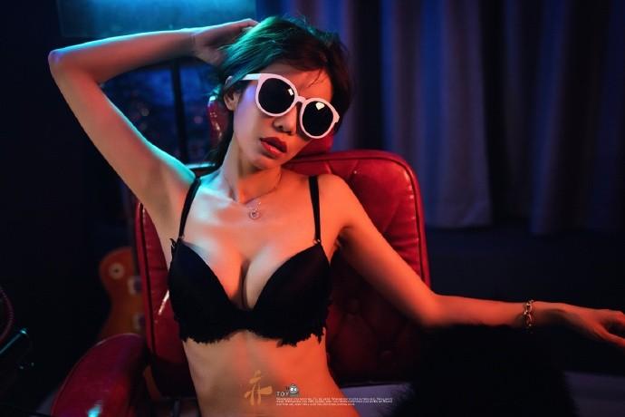 【GG扑克】性感惹火的身材