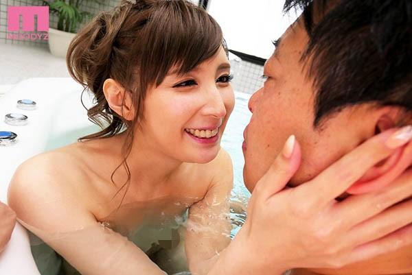 【GG扑克】MIDE-661 :挑战风俗界!仲村みう(仲村美羽)被吉村卓中出了!