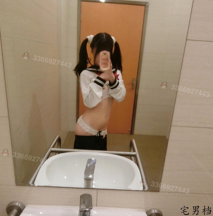 【GG扑克】微博萌妹子妄摄娘卫生间诱惑写真(640M)
