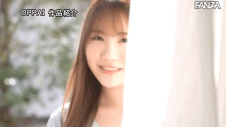 【GG扑克】微辣女大学生!每天自慰两次!H罩杯的平野りおん要挑战AV男优!