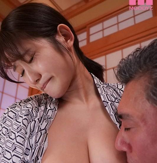 "【GG扑克】MIDE-919 : OL人妻""神宫寺ナオ""温泉旅馆遭强制肉体接待,轮流中出。"