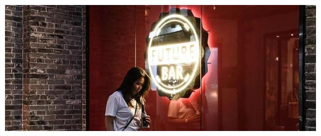 【GG扑克】岭南天地新晋网红,送鸡尾酒,550m2酒水博物馆,我能呆12小时