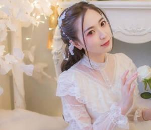 【GG扑克】快穿小妖精反派花式撩免费 老婆去同学聚会怎么办