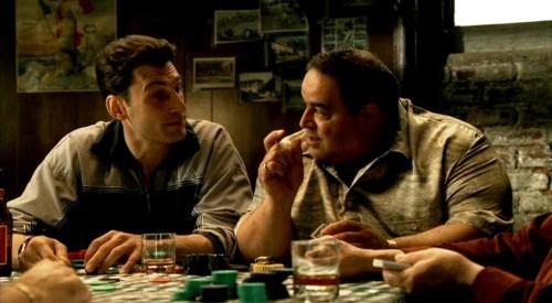 【GG扑克】如何正确地讨论扑克底牌