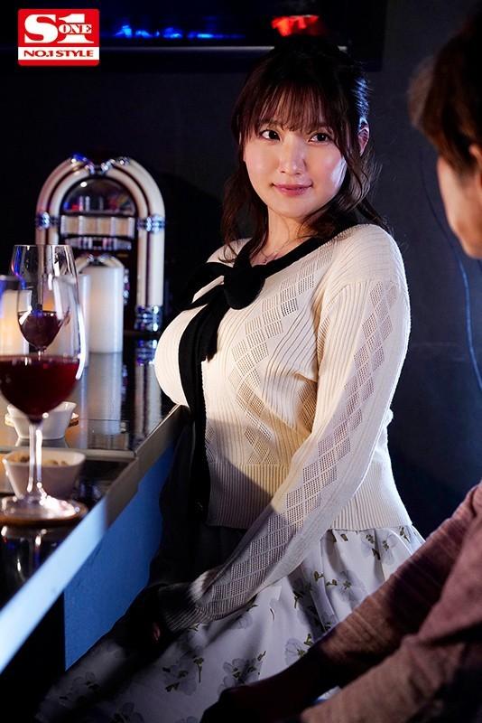 "【GG扑克】""出道""一周年纪念!鹫尾めい甩乳狂啃小鲜肉!"
