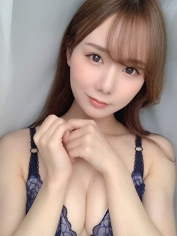 "【GG扑克】S1最强火辣小恶魔""坂道美瑠""移籍改名""miru""再出发!"