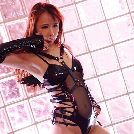 【GG扑克】桜香美羽(樱香美羽)作品ATID-464:长身美女被监禁强制屁股解禁。