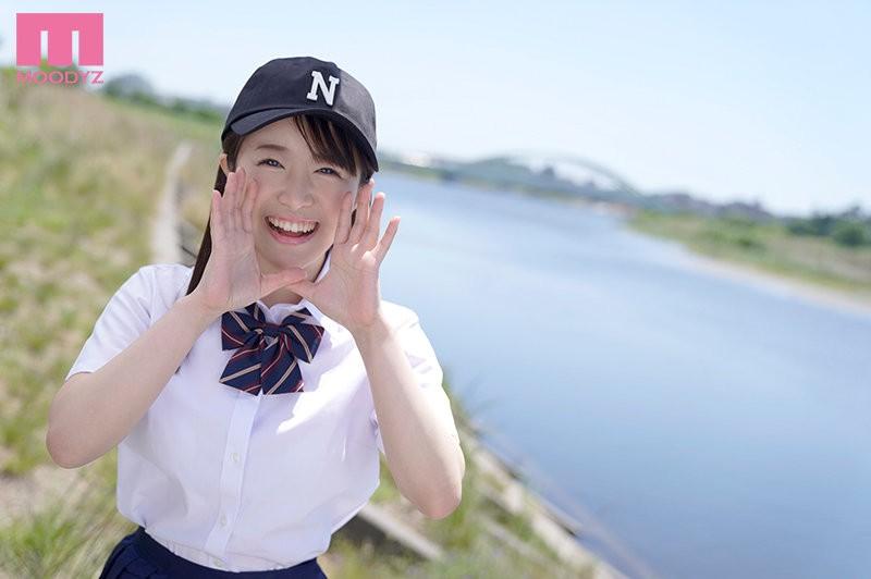 【GG扑克】曾和捕手及二垒手玩3P的棒球社经理!深月めい可能是8月最好的雪肌巨乳美少女! …