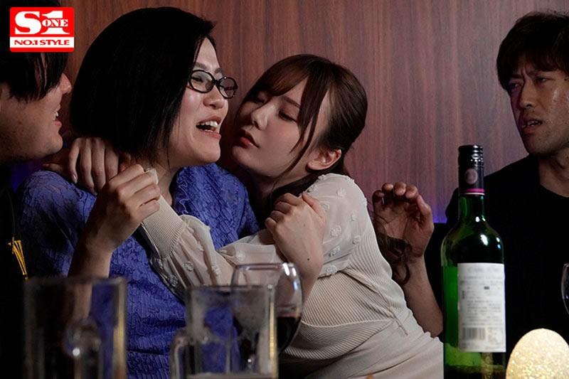 """【GG扑克】喝酒就想亲人!可爱女同事""""miru""""酒后乱性发情,开房间边喝边搞到天亮!"""
