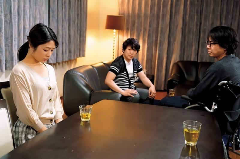 "【GG扑克】不孕兄长拜托小叔中出嫂子""川上奈々美"" 结果两个人都上瘾了"