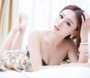 【GG扑克】女主快穿肉系统文 为啥做得多了腿就看得出来