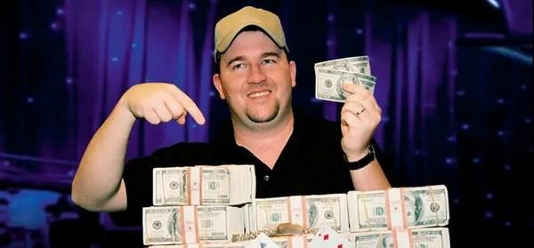 【GG扑克】Chris Moorman与888分手结束5年合作关系