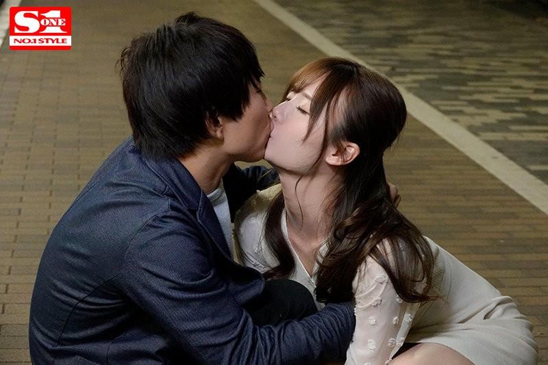 """【GG扑克】SSIS-133:同事""""miru""""喝醉就变接吻狂魔只想打炮…"""