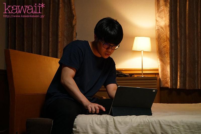 """【GG扑克】哥哥看到乱伦影片!意外发现爸爸和妹妹""""天音ゆい""""的糜乱关系"""