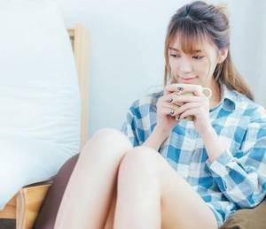 【GG扑克】老张闫欣涨奶烦恼 我喜欢很多男人吃的我的比